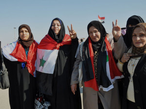 Women demonstrate in Al Anbar